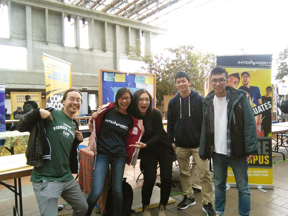 Photo of InterVarsity group at Simon Fraser University's club fair