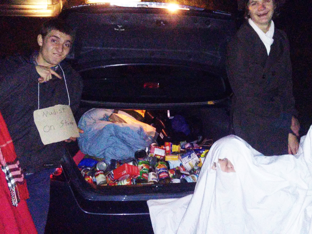 Western Tech high school students at a food drive