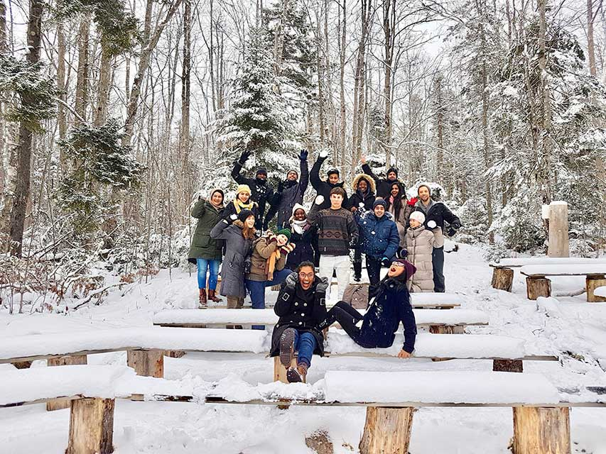 Dalhousie students posing for a group picture in the snow